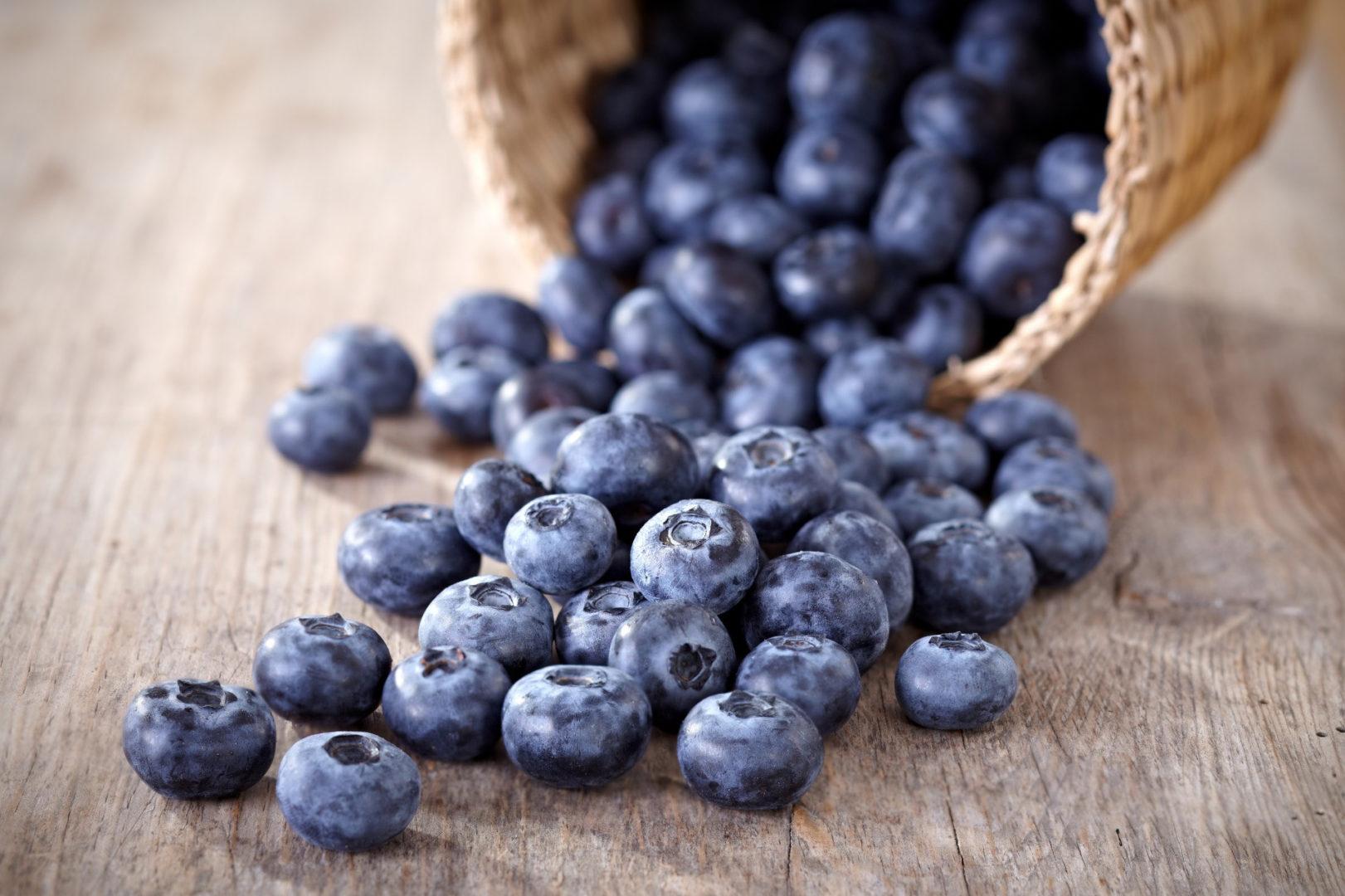 τροφές που ρίχνουν τη χοληστερίνη - BLUEBERRIES NATURESHOUSEGR - 6+1 τροφές που ρίχνουν τη χοληστερίνη